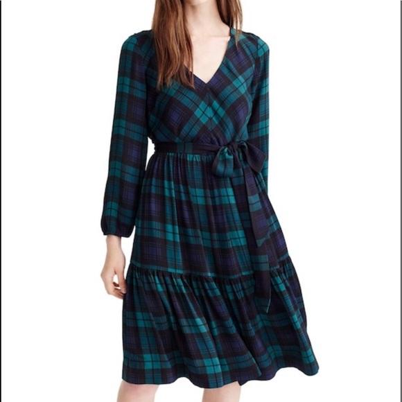 1a236ad4492 J. Crew Dresses   Skirts - J.Crew Plaid Green Blue Drapey Dress Long